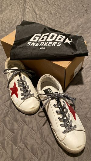 GGDB Golden Goose Superstar 35 size 5 for Sale in Mission Viejo, CA
