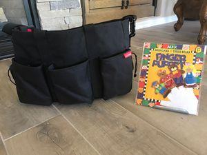 Skip*Hop black diaper bag LIKE NEW + free finger puppets for Sale in Scottsdale, AZ