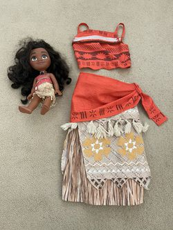 Disney Moana Dress Up Costume & Singing Doll for Sale in San Jose,  CA