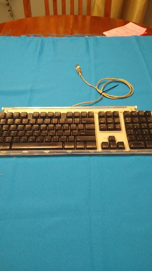Apple Pro Computer Keyboard M7803 for Sale in Bonney Lake, WA