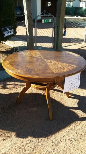 Round Table for Sale in Payson, AZ