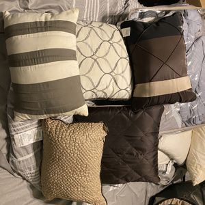 Pillows for Sale in Milton, PA