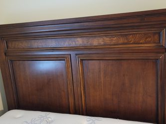 Strong Bed With Mathers (Bought From Costco) for Sale in Lynnwood,  WA