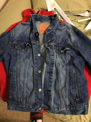 Mens Levis Jean Trucker SMALL for Sale in Fairfax, VA