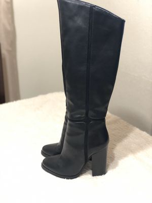 Botas negras size 6.5 /7 for Sale in Houston, TX