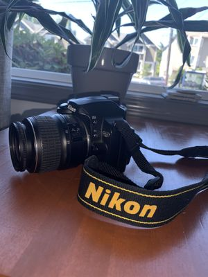 Nikon D40x with 18-55mm lens for Sale in Seattle, WA
