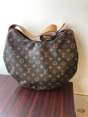 Authentic Louis Vuitton Croissant GM Hobo Bag Purse FIRM PRICE for Sale in Chula Vista, CA