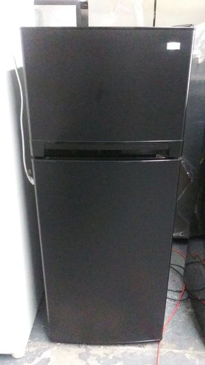 Haier 24 inch wide black top freezer refrigerator 10 cu ft for Sale for sale  Bronx, NY