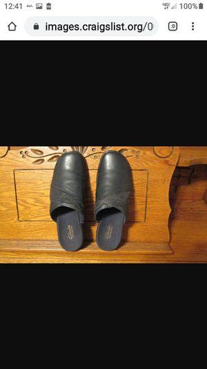 CLARK'S LADIES BLACK POLAR SHOES for Sale in Lynchburg, VA