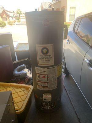 Rheem 40 gal tank h20 heater for Sale in Sheppard Air Force Base, TX