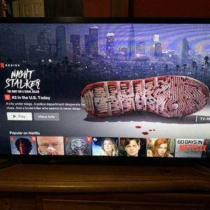 SAMSUNG SMART TV HD 32 INCH for Sale in Queens, NY