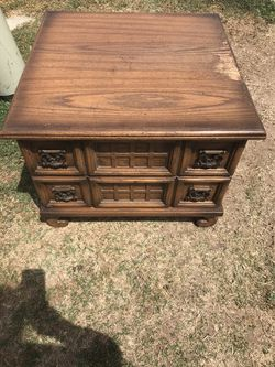 Side Table for Sale in Woodville, CA