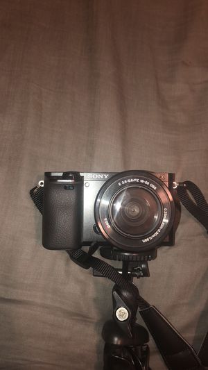 Sony a6000 for Sale in Orcutt, CA