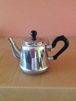 Cute Small Tea pot for Sale in Gainesville, VA