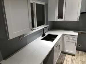 KITCHEN CABINETS-COUNTERTOPS for Sale in Tacoma, WA