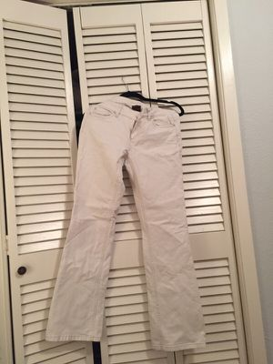 Ann Taylor modern fit white jeans for Sale in Nashville, TN