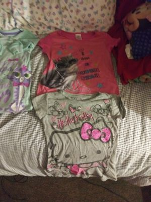 Hello kitty shirt and a cat shirt 4t for Sale in Bristol, PA
