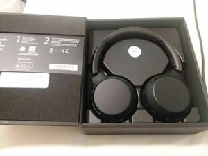 Sony xb700 bluetooth headphones for Sale in San Diego, CA