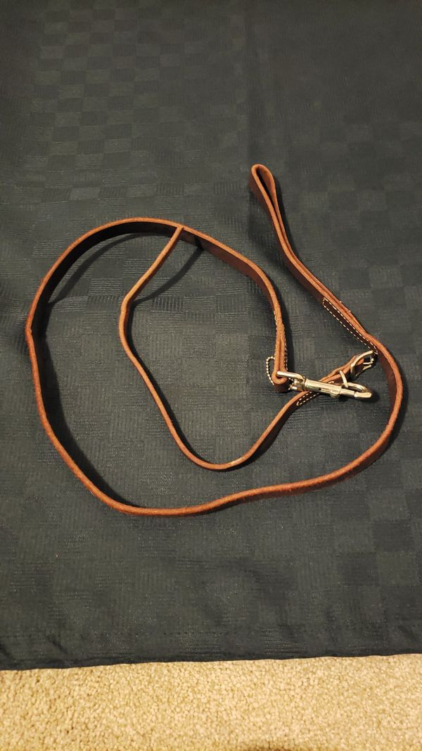 Brown leather leash and collar