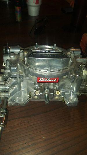 Edelbrock 650 4bbl square bore carburetor for Sale in Joshua, TX