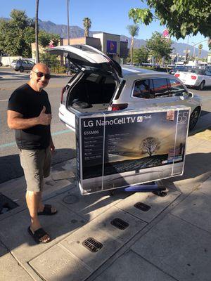 LG 65 inch 4K TV 8 series 65un8500 smart with warranty and magic remote for Sale in Corona, CA