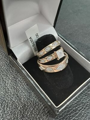 Diamond wedding ring set. Wedding bands & Engagement Ring. Free sizing. excellent cut. F color. Vvs clarity. for Sale in Pomona, CA