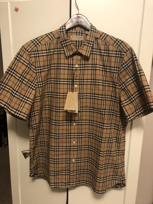 Burberry dress shirt for Sale in Oakland, CA