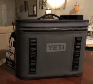 YETI Hopper Flip 18 Portable Cooler for Sale in San Antonio, TX