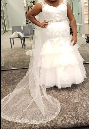 Wedding dress (Brand New w/bag) for Sale in Washington, DC