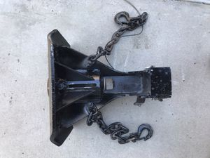 5th wheel to gooseneck trailer adapter hitch fifth for Sale in Ramona, CA