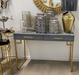 $169 - Console Table W Bamboo Metal Leg for Sale in Rosemead, CA