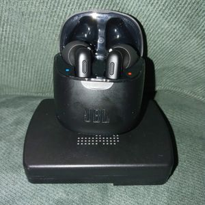 JBL Tune 220TWS for Sale in Silver Spring, MD