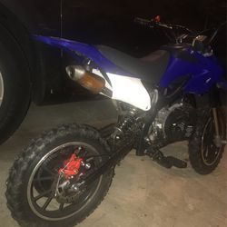 Selling 50cc 6moto Dirt Bike for Sale in Boyds,  MD