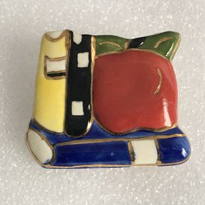 BROOCH for Sale in Raleigh, NC
