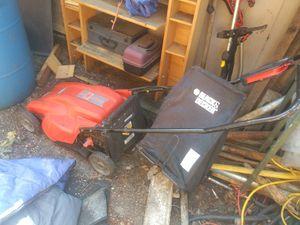 Black n decker newer electric lawn mower sharpened blade! for Sale in Portland, OR