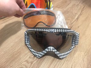 Dragon snowboard goggles for Sale in Salt Lake City, UT