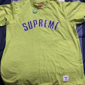 Green Supreme shirt for Sale in Austell, GA