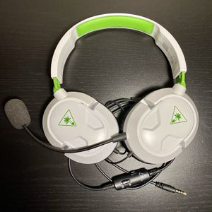 Turtle Beach Headset with AUX & Mic LIKE NEW For Xbox and Ps4 for Sale in Miami, FL