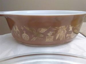 Vintage Pyrex 1 1/2 quart made in U. S. A. ovenware for Sale in Garrison, MD