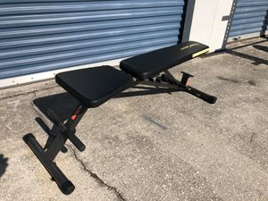 Weight bench - nearly new for Sale in Oviedo, FL