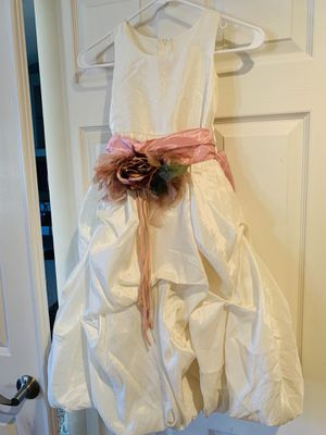 Princess off white dress for Sale in Corona, CA