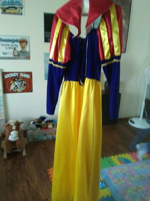 Snow white cosplay offit. for Sale in El Mirage, AZ