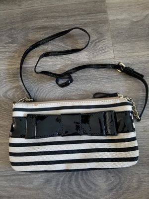 Kate Spade Black and Cream Crossbody w/ Bow for Sale in Glendale, CA