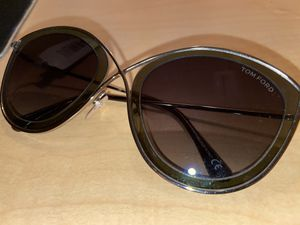 Tom Ford sunglasses for Sale in Costa Mesa, CA