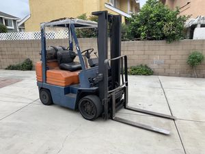 Toyota 4000 pound capacity forklift model 5F side shift propane runs great for Sale in El Monte, CA