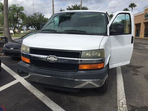 2006 Chevy express Van for sale!! Super clean !! for Sale in PT CHARLOTTE, FL