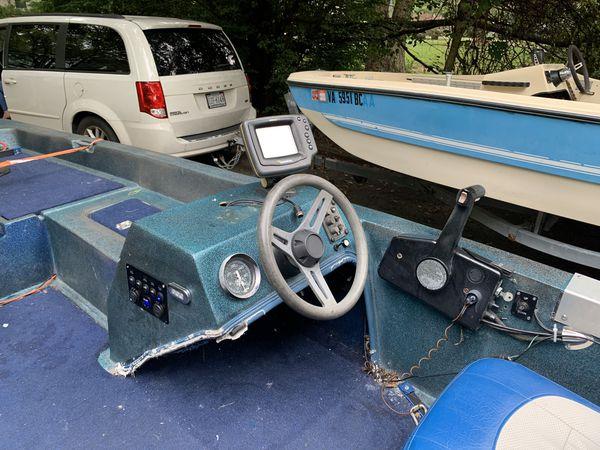 1989 bass boat