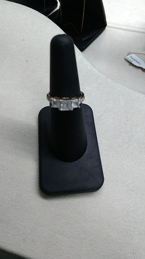 10kt gold ring size 6.5 for Sale in Fargo, ND