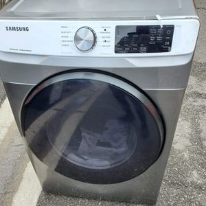 NEW !! SAMSUNG SMART STEAM JUMBO GAS DRYER for Sale in Moreno Valley, CA