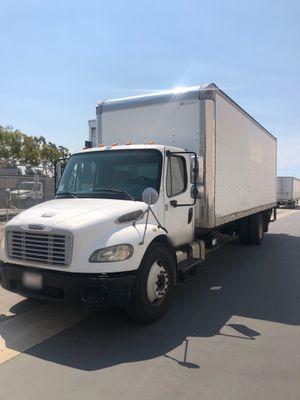 2007 Freightliner Box Truck 26 foot aluminum for Sale in Stanton, CA
